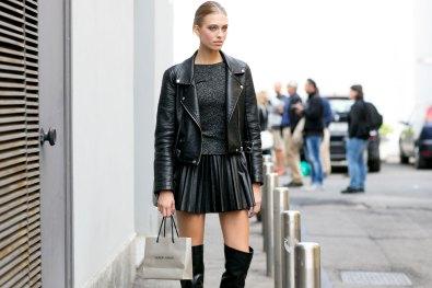 Milan-fashion-week-street-style-day-6-september-2015-the-impression-011