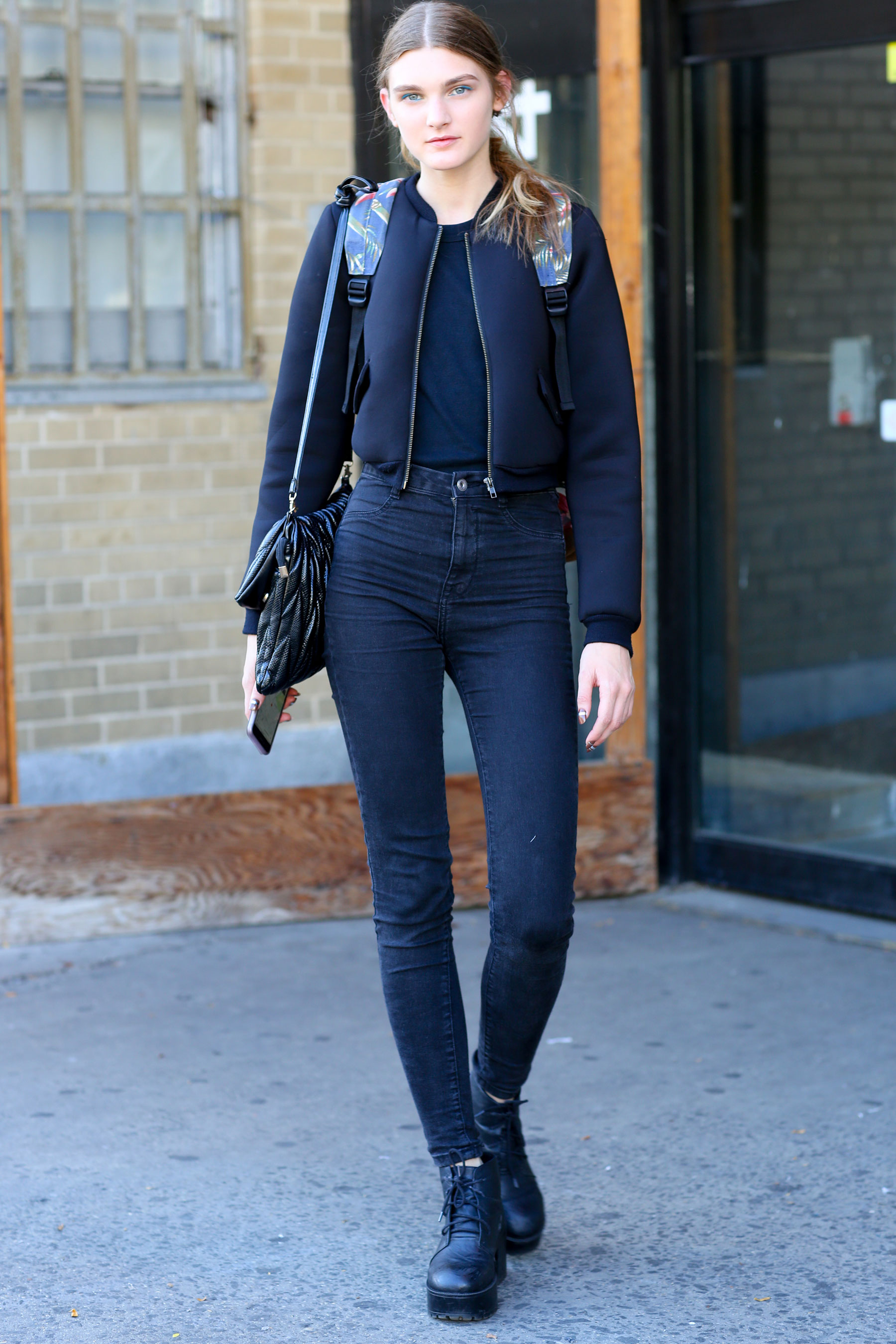 NEW-YORK-FASHION-WEEK-STREETS-STYLE-DAY5-spring-2016-fashion-show-the-impression-28
