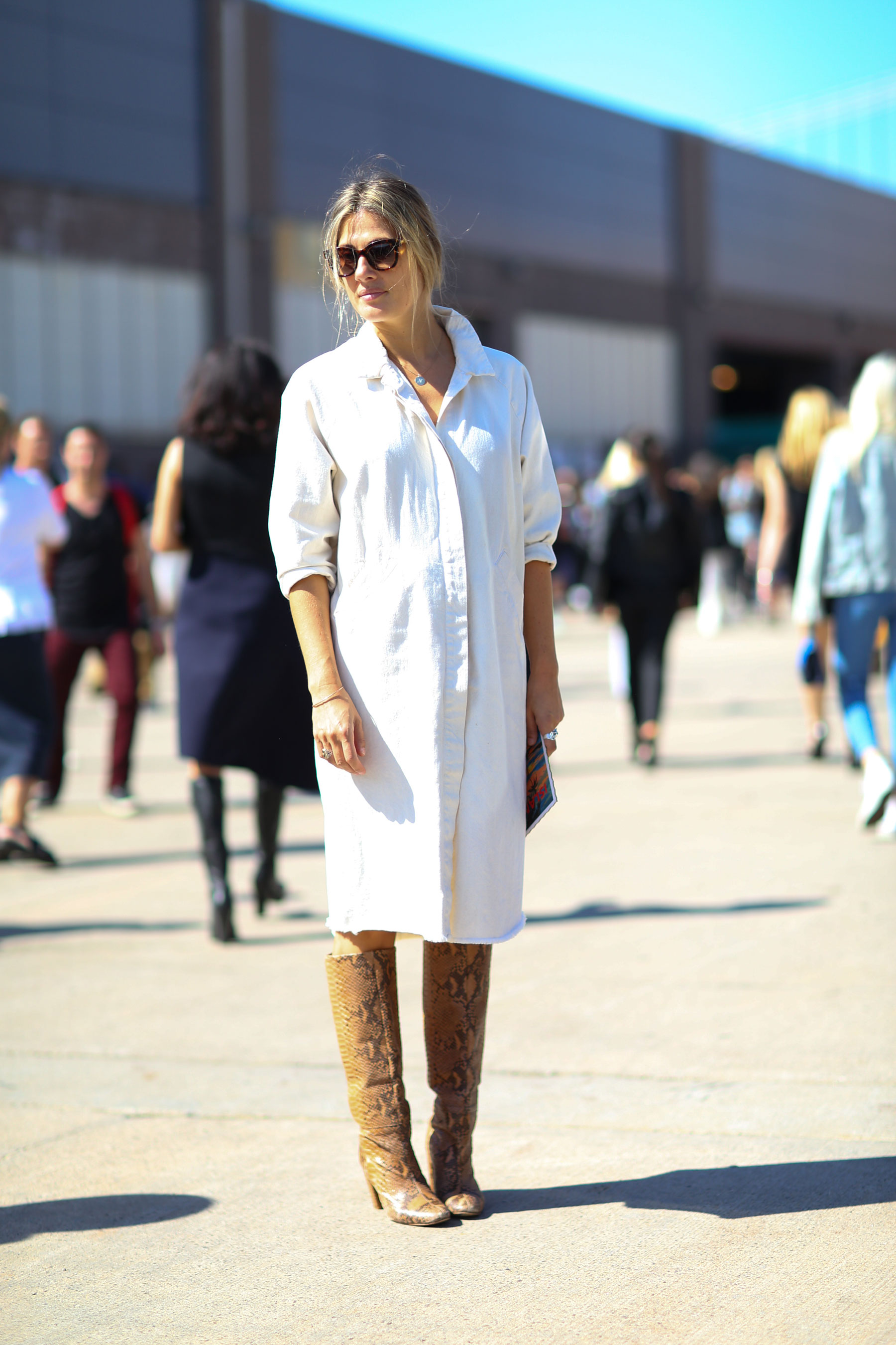 NEW-YORK-FASHION-WEEK-STREETS-STYLE-DAY5-spring-2016-fashion-show-the-impression-58