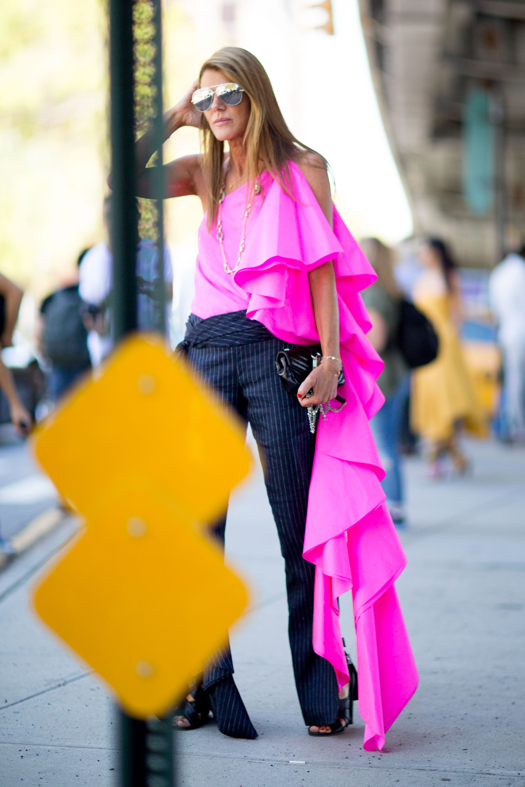 NEW-YORK-FASHION-WEEK-STREETS-STYLE-DAY5-spring-2016-fashion-show-the-impression-75