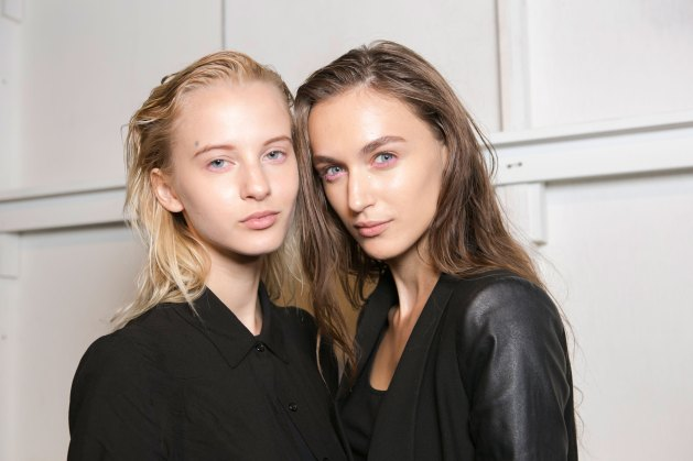 OHNE-TITEL-beauty--spring-2016-fashion-show-the-impression-16