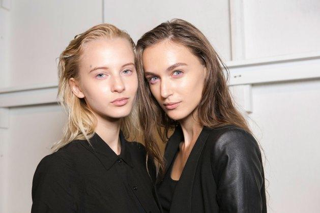 OHNE-TITEL-beauty--spring-2016-fashion-show-the-impression-16
