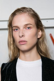 OHNE-TITEL-beauty--spring-2016-fashion-show-the-impression-30