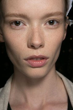 PROENZA-SCHOULER-beauty-spring-2016-fashion-show-the-impression-29
