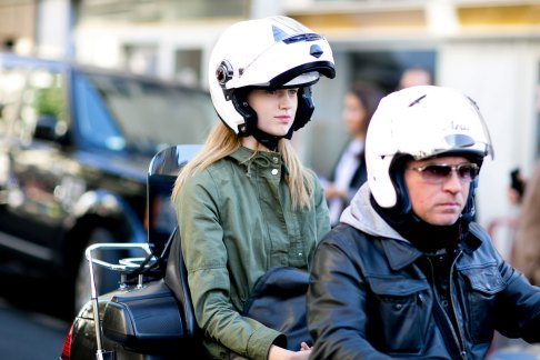 Paris-fashion-week-street-style-day-2-september-2015-the-impression-011
