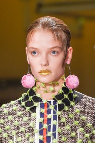 Prada-spring-2016-runway-beauty-fashion-show-the-impression-005