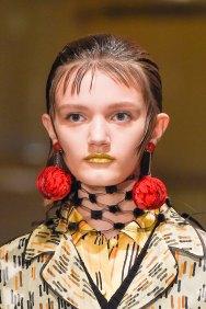 Prada-spring-2016-runway-beauty-fashion-show-the-impression-013