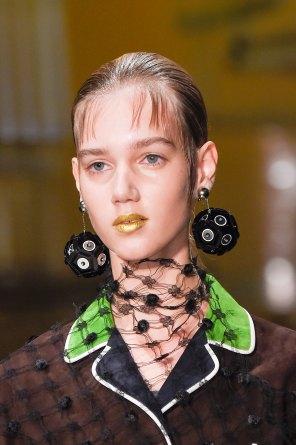 Prada-spring-2016-runway-beauty-fashion-show-the-impression-020