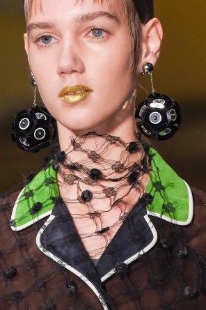 Prada-spring-2016-runway-beauty-fashion-show-the-impression-021