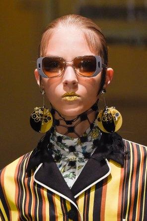 Prada-spring-2016-runway-beauty-fashion-show-the-impression-025
