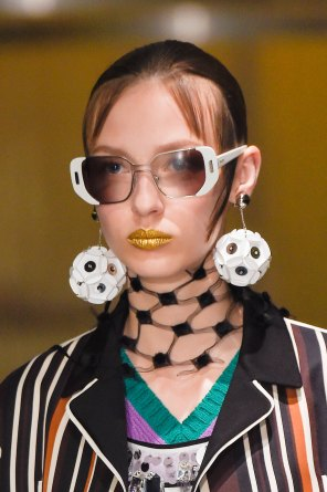 Prada-spring-2016-runway-beauty-fashion-show-the-impression-027