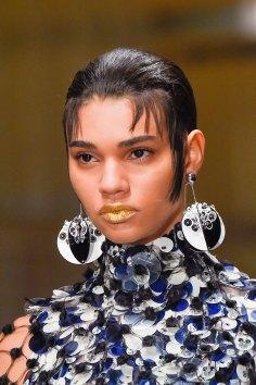 Prada-spring-2016-runway-beauty-fashion-show-the-impression-041