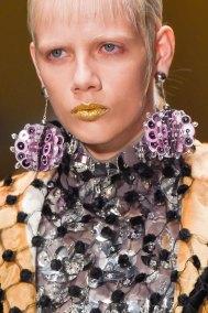 Prada-spring-2016-runway-beauty-fashion-show-the-impression-048