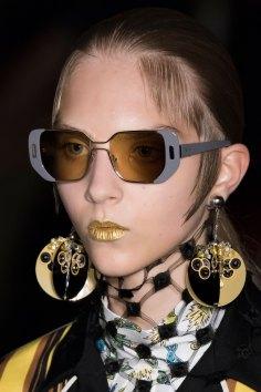 Prada-spring-2016-runway-beauty-fashion-show-the-impression-091