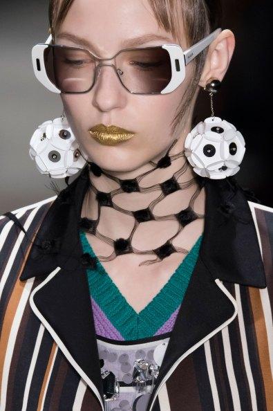 Prada-spring-2016-runway-beauty-fashion-show-the-impression-099