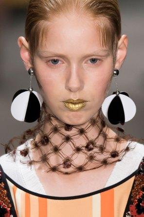 Prada-spring-2016-runway-beauty-fashion-show-the-impression-102