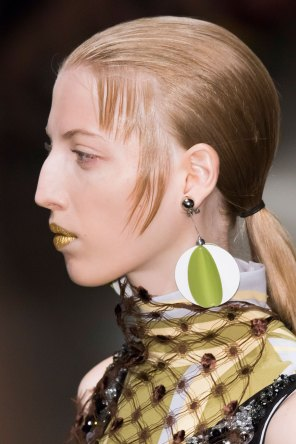 Prada-spring-2016-runway-beauty-fashion-show-the-impression-107