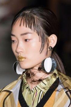 Prada-spring-2016-runway-beauty-fashion-show-the-impression-119