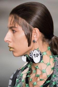 Prada-spring-2016-runway-beauty-fashion-show-the-impression-132