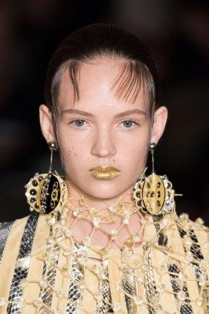 Prada-spring-2016-runway-beauty-fashion-show-the-impression-136