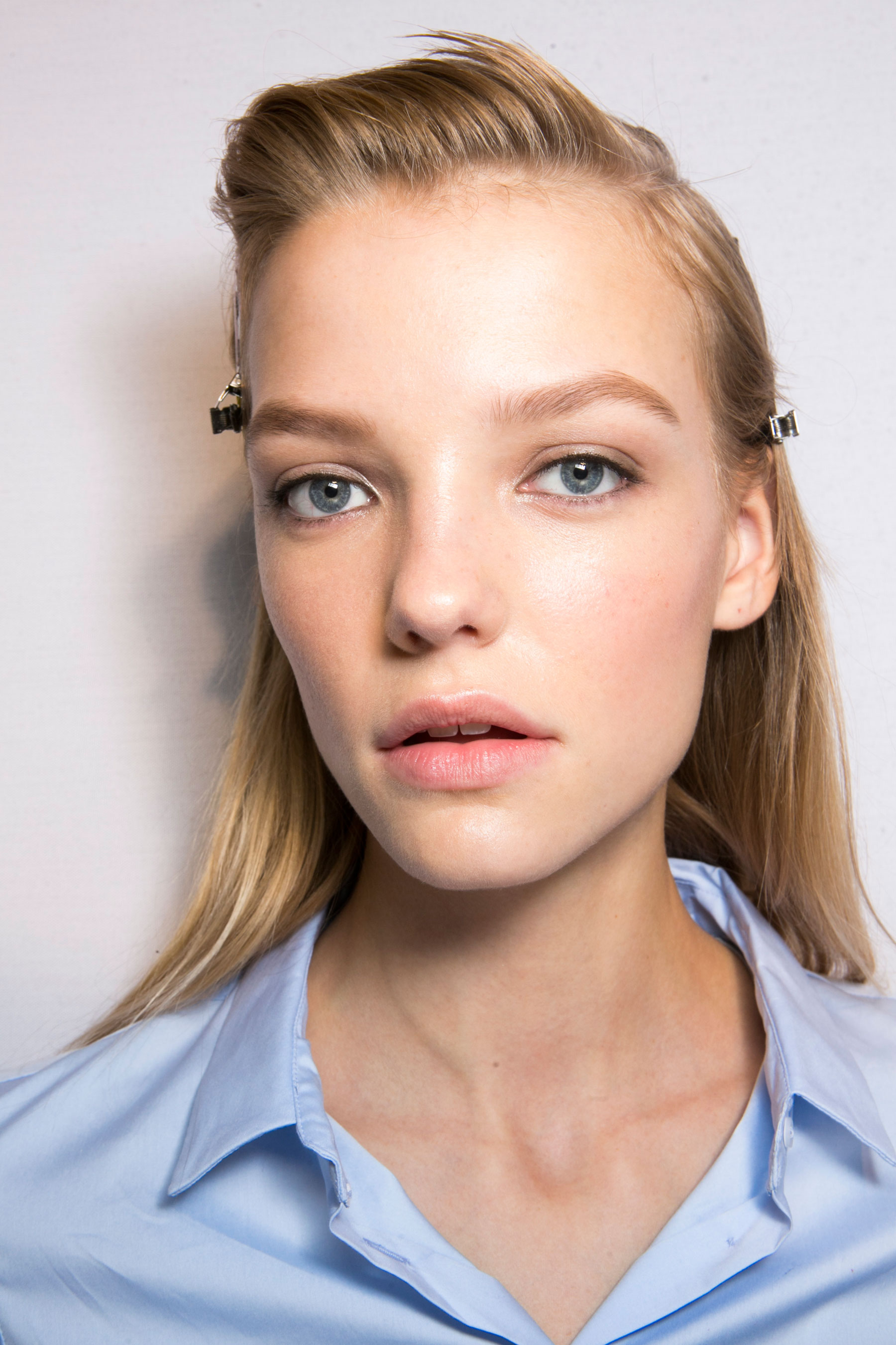 Roberto-Cavalli-Backstage-beauty-spring-2016-close-up-fashion-show-the-impression-008
