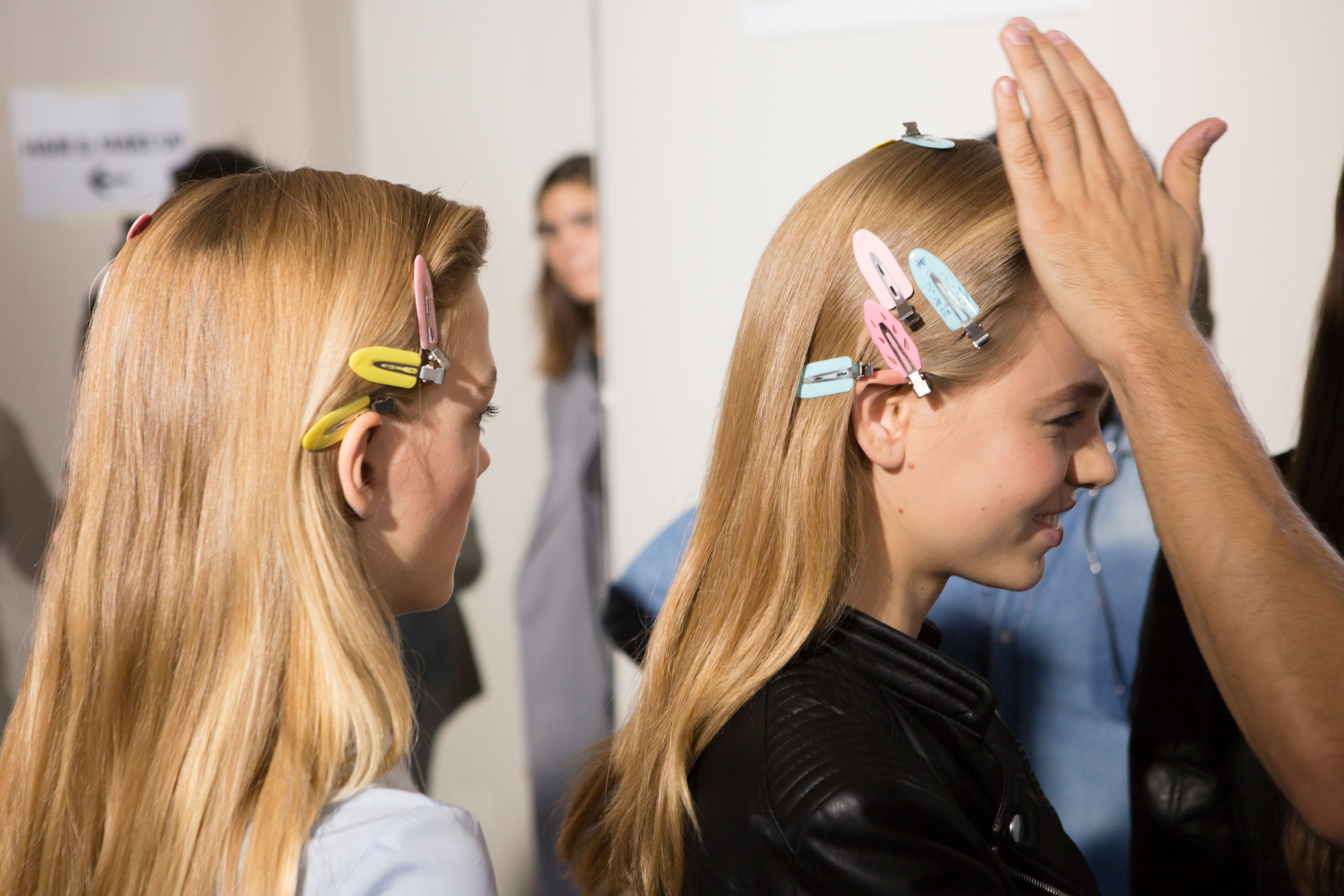 Roberto-Cavalli-Backstage-beauty-spring-2016-close-up-fashion-show-the-impression-070