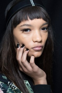 Sibling-beauty-spring-2016-fashion-show-the-impression-007