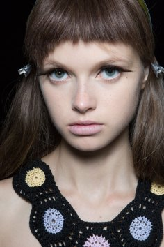 Sibling-beauty-spring-2016-fashion-show-the-impression-023