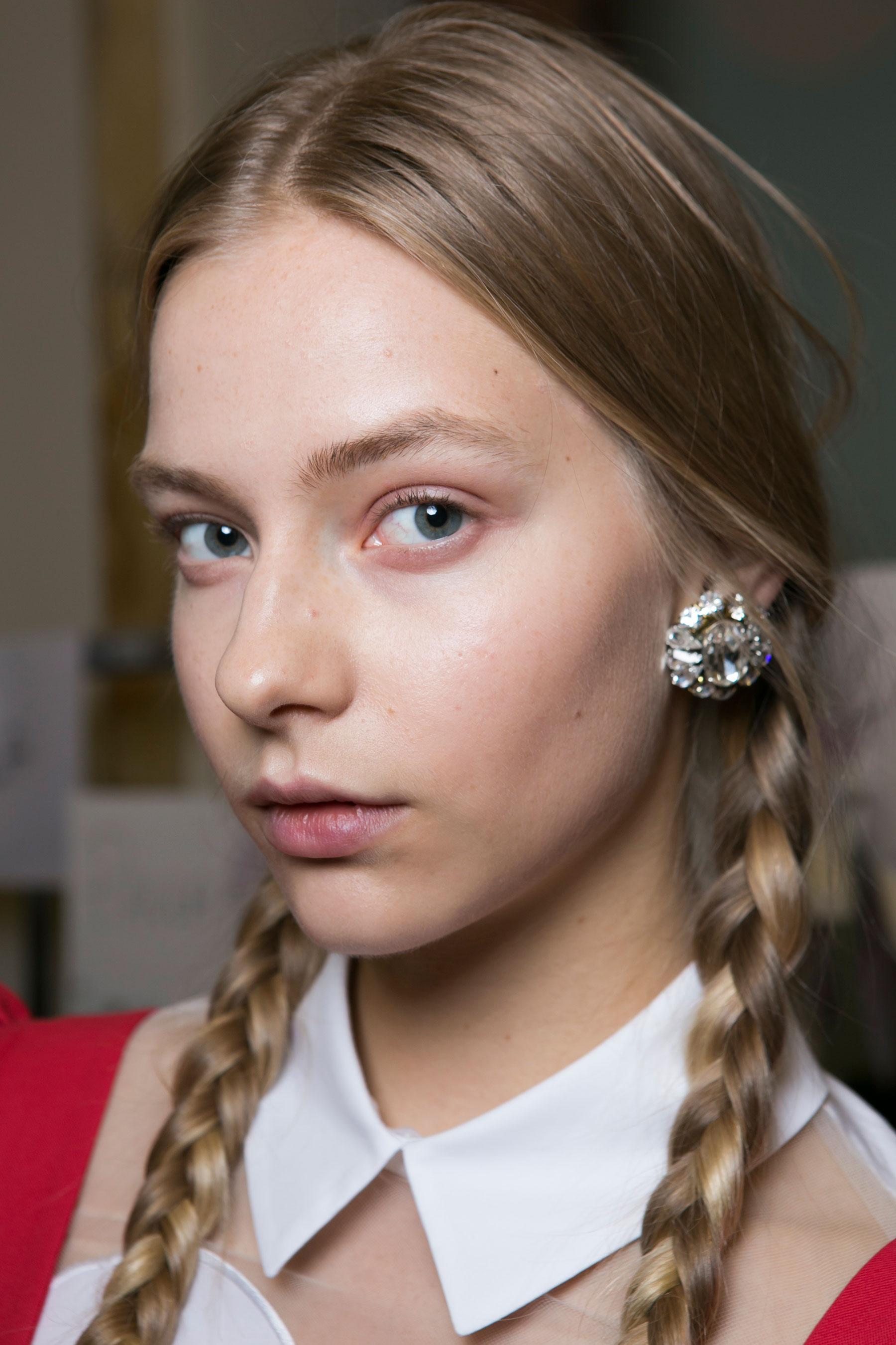 Vivetta-spring-2016-beauty-fashion-show-the-impression-13