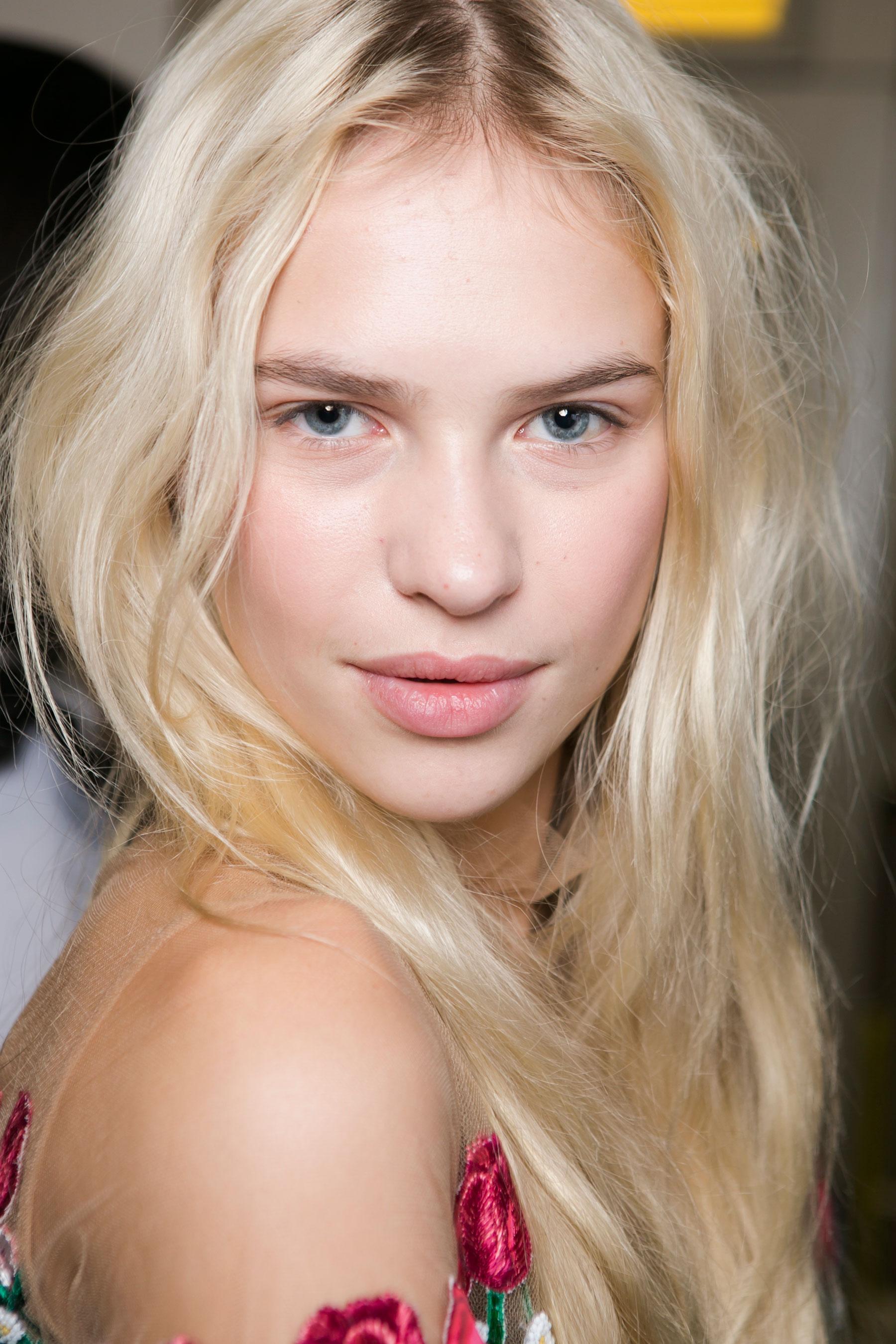 Vivetta-spring-2016-beauty-fashion-show-the-impression-27