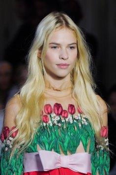 Vivetta-spring-2016-runway-beauty-fashion-show-the-impression-20