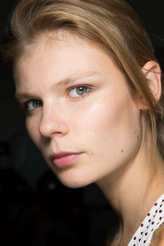 anthony-vaccarello-spring-2016-beauty-fashion-show-the-impression-25