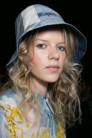 bcbg-max-azria-beauty-spring-2016-fashion-show-the-impression-23