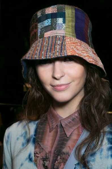 bcbg-max-azria-beauty-spring-2016-fashion-show-the-impression-43