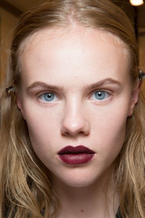 burberry-spring-2016-beauty-fashion-show-the-impression-53