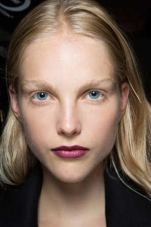 burberry-spring-2016-beauty-fashion-show-the-impression-55
