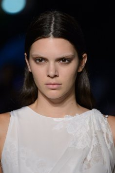 givenchy-runway-beauty-spring-2016-fashion-show-the-impression-01
