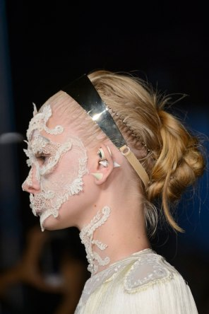 givenchy-runway-beauty-spring-2016-fashion-show-the-impression-30