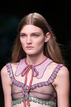 gucci-beauty-spring-2016-fashion-show-the-impression-034