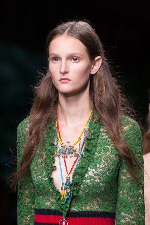 gucci-beauty-spring-2016-fashion-show-the-impression-054