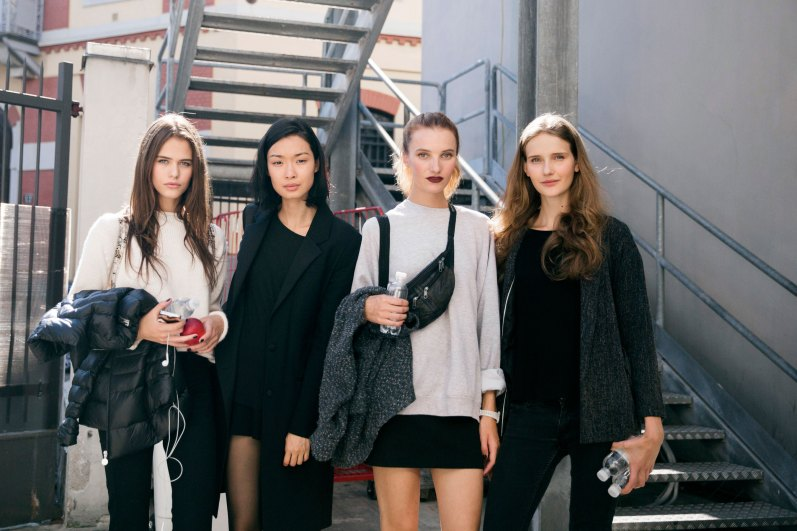 milan-fashion-week-street-style-day-3-september-2015-the-impression-035