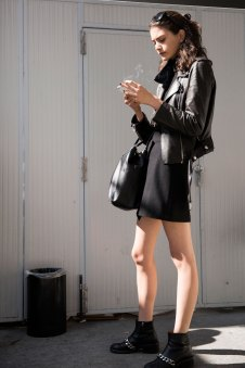milan-fashion-week-street-style-day-3-september-2015-the-impression-038