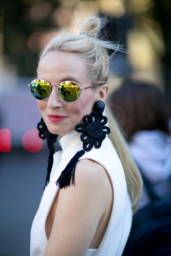milan-fashion-week-street-style-day-3-september-2015-the-impression-046
