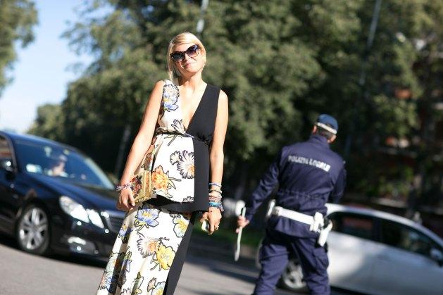 milan-fashion-week-street-style-day-3-september-2015-the-impression-056