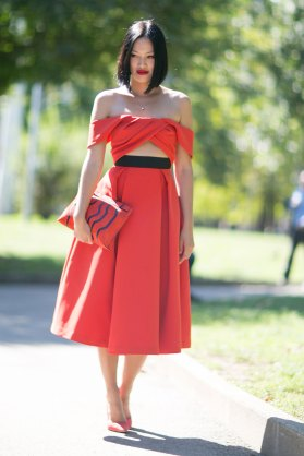 milan-fashion-week-street-style-day-3-september-2015-the-impression-098