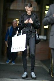 milan-fashion-week-street-style-day-5-september-2015-the-impression-053