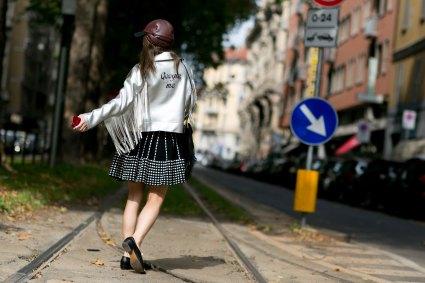 milan-fashion-week-street-style-day-5-september-2015-the-impression-104