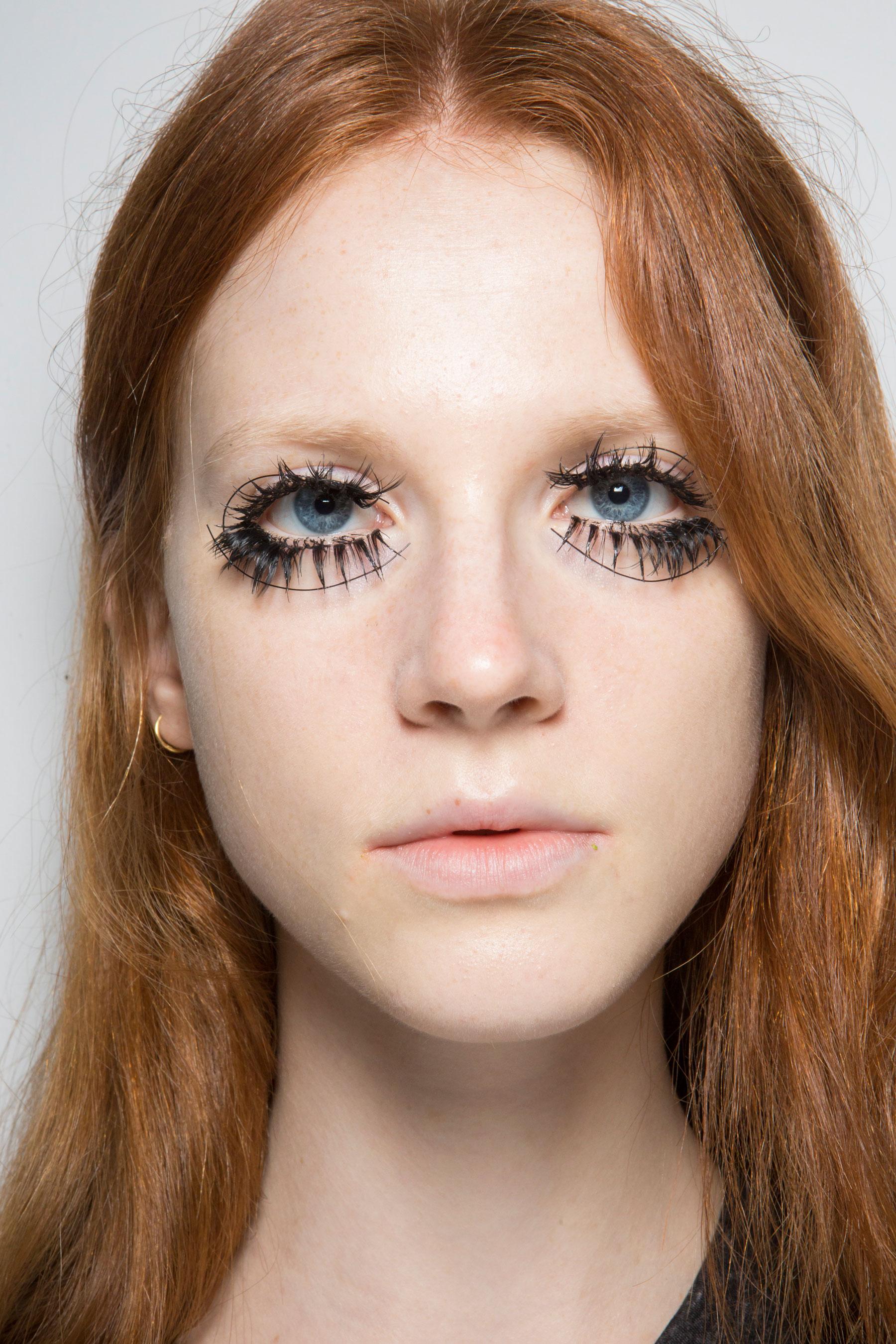 thomas-tait-spring-2016-beauty-fashion-show-the-impression-05