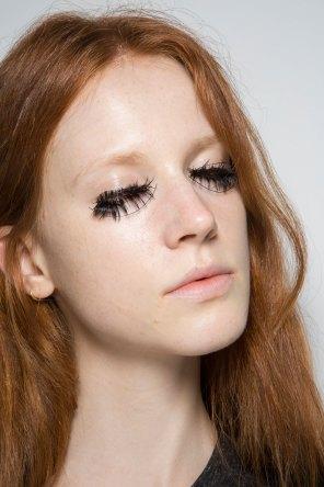thomas-tait-spring-2016-beauty-fashion-show-the-impression-10