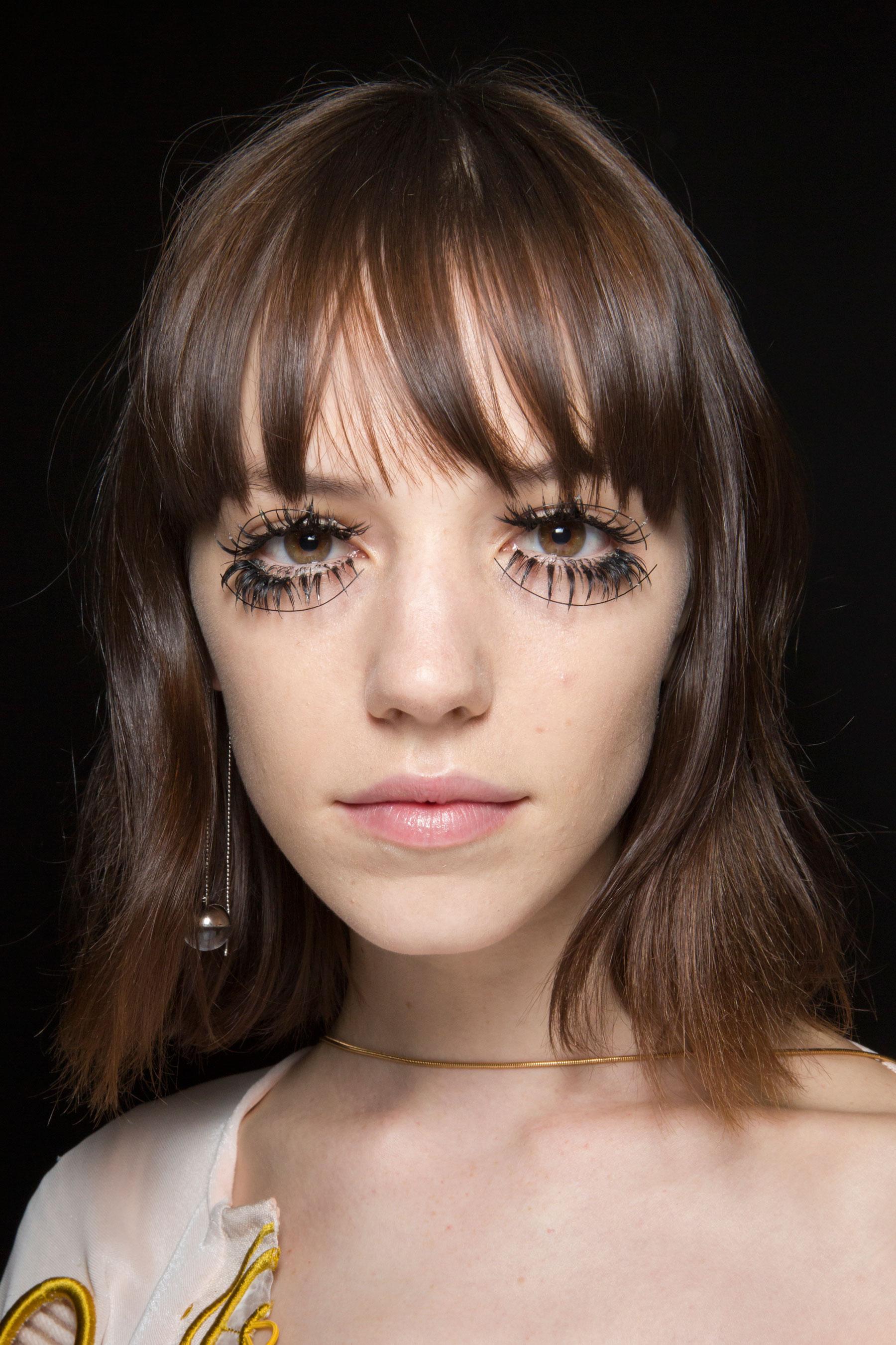 thomas-tait-spring-2016-beauty-fashion-show-the-impression-35